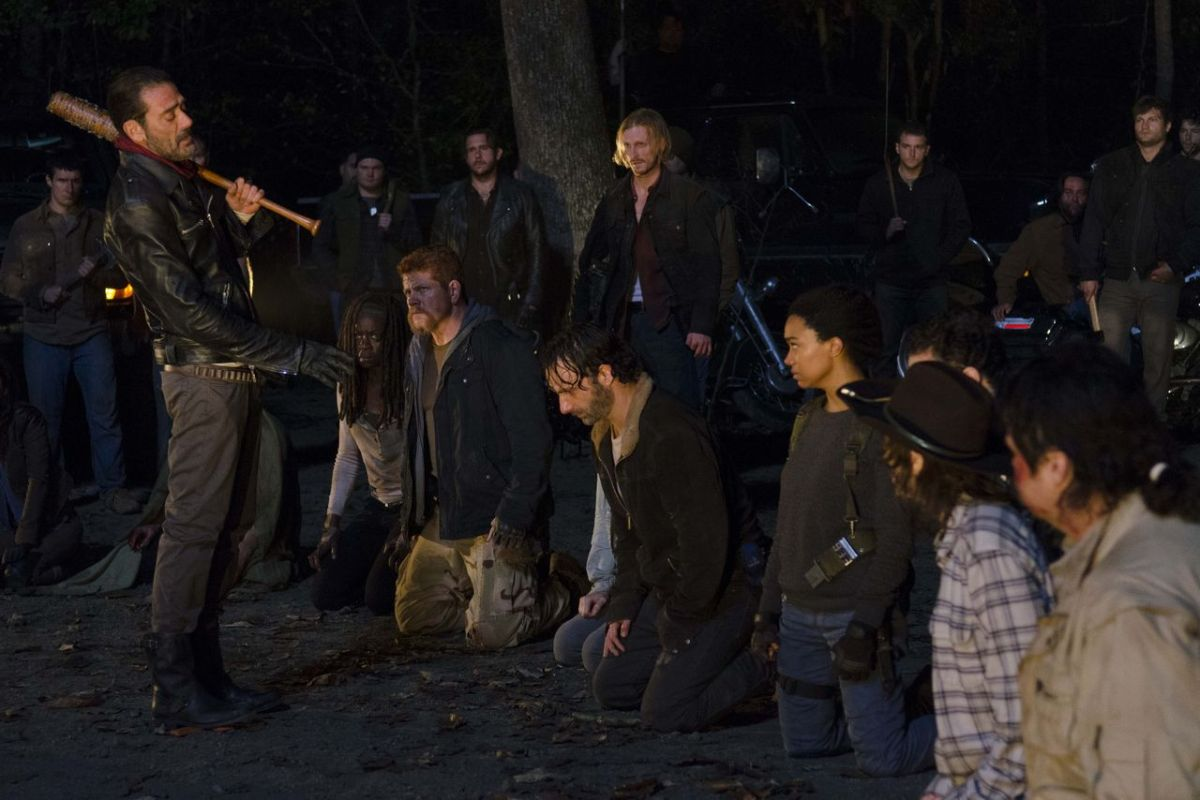 Checking In: 'The Walking Dead' ends season 6 with a pathetic cliffhanger